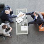 UiPath firma alianza con Oracle para simplificar la RPA en instalaciones y en la nube