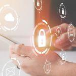 Tres consejos clave para mantener seguros sus dispositivos ante riesgos cibernéticos durante el trabajo remoto
